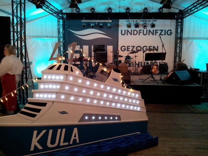 KULA – EINundfünfzig, EINgezogen, EINweihung 2012