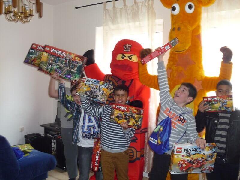 Toys''R''Us und das LEGO Gewinnerkind in Bremen